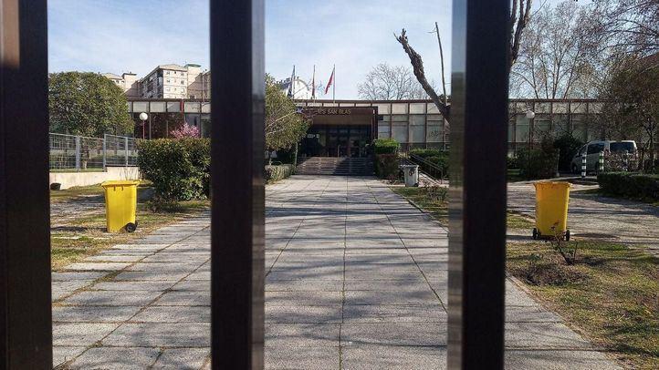 Educación niega el cierre del curso en marzo y la Comunidad desmiente haberlo propuesto