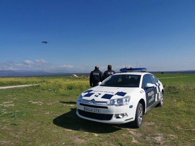 Un dron controla que se cumplan las medidas de confinamiento en Las Rozas