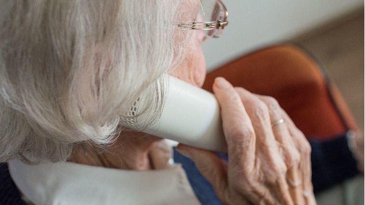 Comunidad y municipios proporcionan teléfonos de escucha y atención psicológica