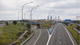 Madrid continúa sin hora punta y el tráfico cae un 72,1% dentro de la M-30