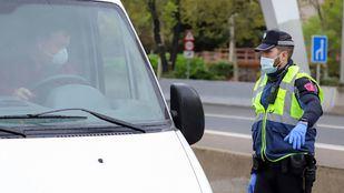 La Policía Municipal interceptó 9 vehículos cuyo conductor no justificó debidamente su salida.