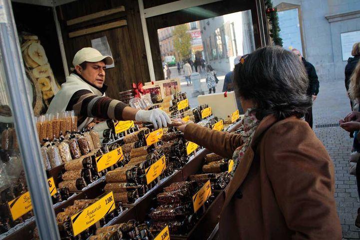 La Comunidad permite la venta ambulante de alimentos para abastecer a los pueblos pequeños