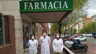 Minuto de silencio por los seis farmacéuticos fallecidos en Madrid
