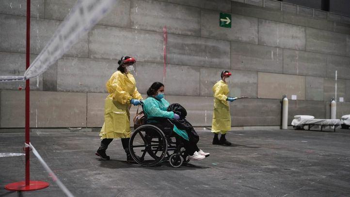 Llegan los primeros pacientes al recinto medicalizado de Ifema