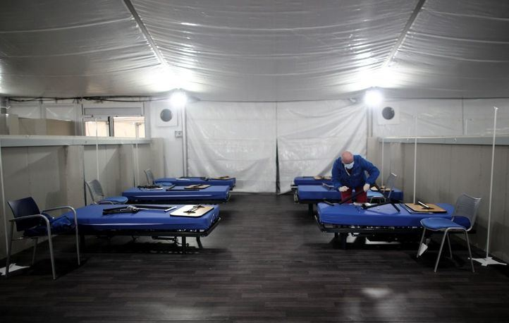 El hospital de campaña Fuenlabrada, en funcionamiento
