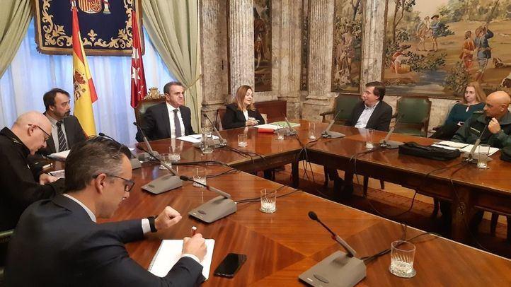 Franco convoca a Comunidad, ayuntamientos y agentes sociales para ofrecer ayudas a los sectores afectados