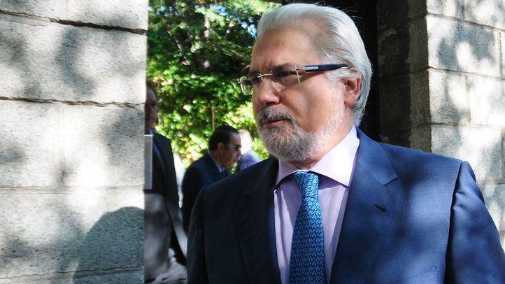 el juez Baltasar Garzón Fundación R Areces para la capilla de Isidoro Alvares del El Corte Inglés