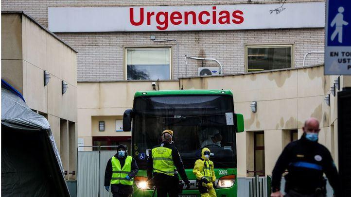 Urgencias baja su presión asistencial al descender en un millar los pacientes pendientes de ingreso