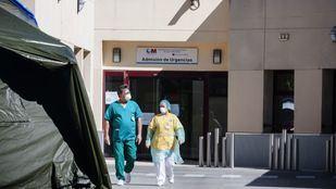 Sanitarios con síntomas leves de coronavirus se reincorporarán al trabajo al cumplir la mitad de la cuarentena