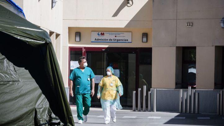 Sanitarios en el Gregorio Marañón