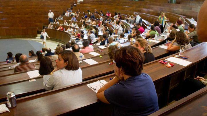 Aplazadas a 2021 las oposiciones a profesor de Secundaria en Madrid