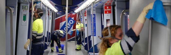 Limpieza extraordinaria de metro de Madrid ante el contagio de coronavirus