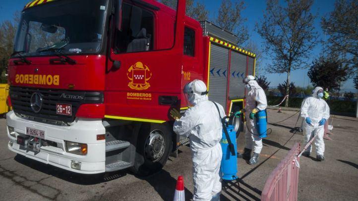 Aumenta un 57% el acceso de los bomberos a los domicilios de víctimas del COVID-19