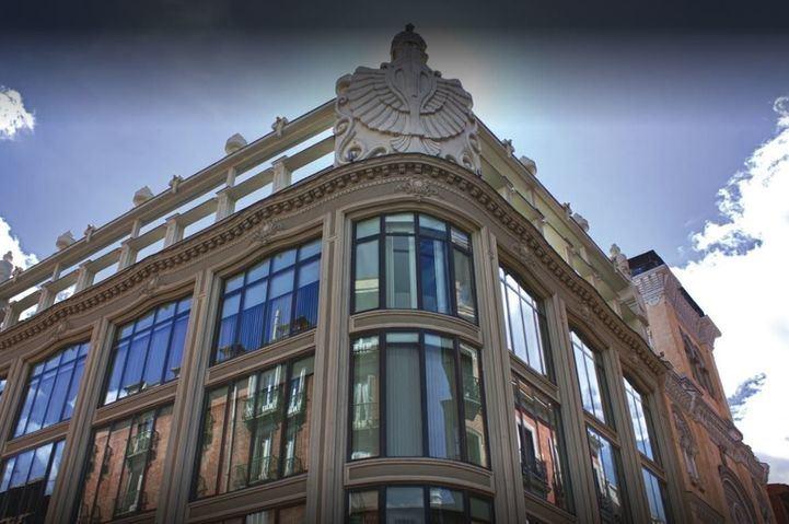 La Comunidad habilita dos hoteles con 90 plazas para acoger a mayores de residencias