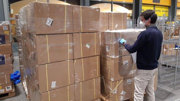 La Comunidad asegura haber recibido solo 3,6 millones de material de protección del Gobierno