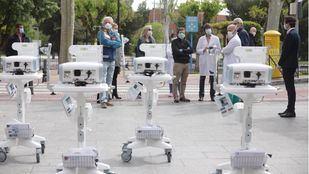 El Ayuntamiento entrega cinco nuevos respiradores al 12 de Octubre