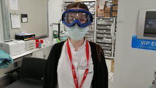 Gafas solidarias que pasan de moteros a sanitarios