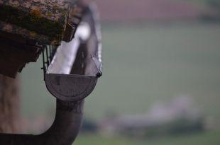 La importancia de una buena instalación y mantenimiento de los canalones en una vivienda