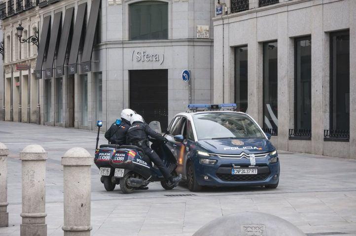 El SUP colabora en la desinfección de comisarías y vehículos patrulla