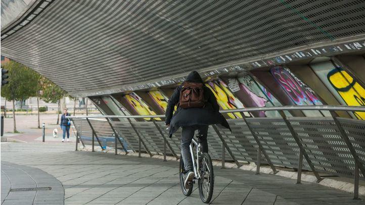 Pedalibre insta a poner en marcha vías ciclistas provisionales en grandes avenidas