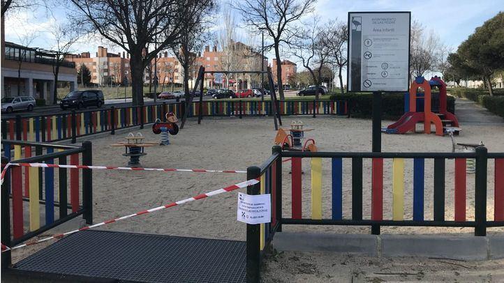 Parque infantil cerrado por el estado de alarma.