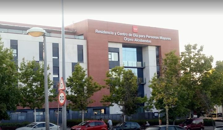 La Fiscalía investiga penalmente a 19 residencias de ancianos en Madrid