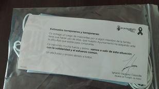 Pack de diez mascarillas que reparte el Ayuntamiento de Torrejón en cada vivienda