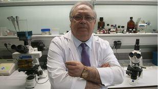 Jesús Vaquero, jefe de neurocirugía del Hospital Puerta de Hierro, fallecido este viernes por COVID-19