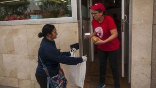 La FAPA Giner de los Ríos plantea una queja sobre los menús que perciben niños de familias con RMI