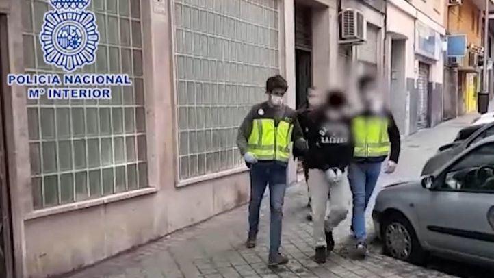 Detenido un hombre que utilizaba una empresa de reparto para vender drogas a domicilio