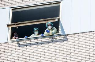 Los fallecidos en Madrid se estabilizan y bajan los infectados