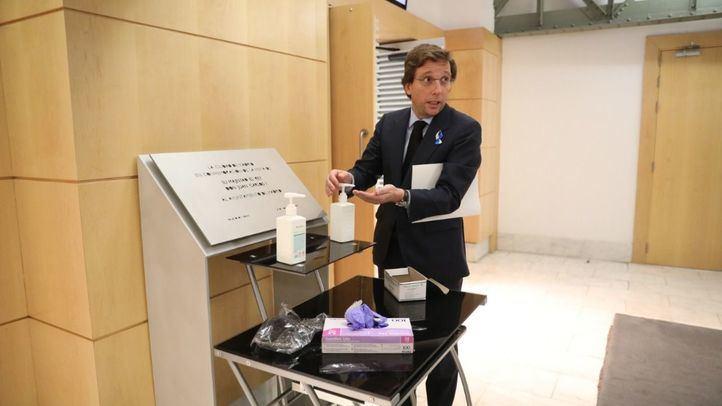 Almeida asegura que Madrid tiene 'suministros suficientes' para afrontar el coronavirus