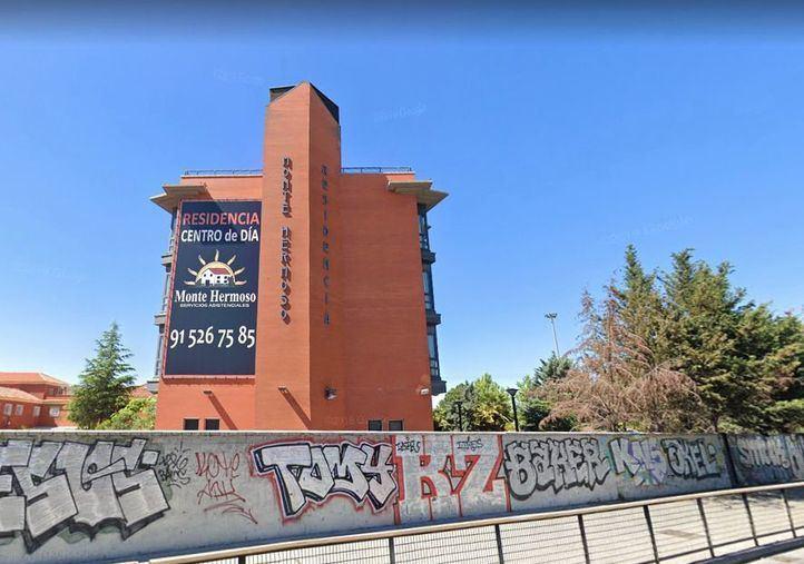 Un total de 5.811 usuarios de residencias madrileñas han muerto en 50 días