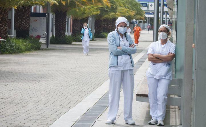 Madrid deja sin efecto desde hoy la orden que restringía permisos y excendencias de personal sanitario