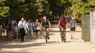 Ciclistas en el Parque de El Retiro.