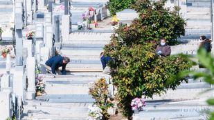 Los entierros se podrán celebrar con un máximo de 15 personas en la fase 1