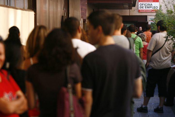 El paro en Madrid se dispara a causa del COVID y aumenta un 11,34% en abril