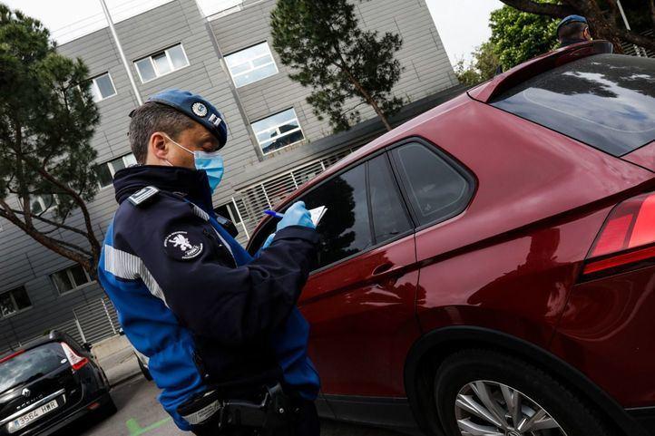 La Comunidad hará 11.000 test a policías, bomberos y otros efectivos de emergencias
