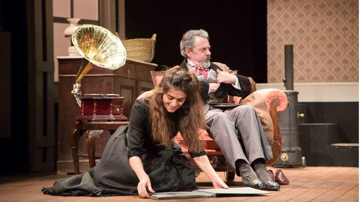 Hécuba y Tristana, más teatro en línea