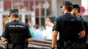 Detenida la dueña del restaurante en el que vivían 20 personas hacinadas