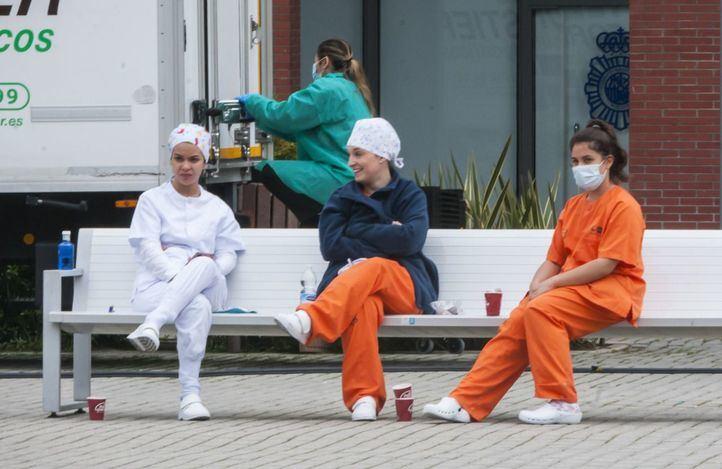Enfermeros, pacientes y pensionistas ven arriesgado pasar a la fase 1