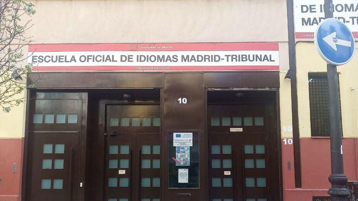 Escuela Oficial de Idiomas de Tribunal, cerrada por el estado de alarma.