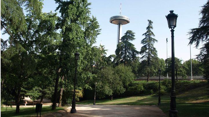 Un abogado interpone una denuncia contra el Ayuntamiento por el cierre de los parques