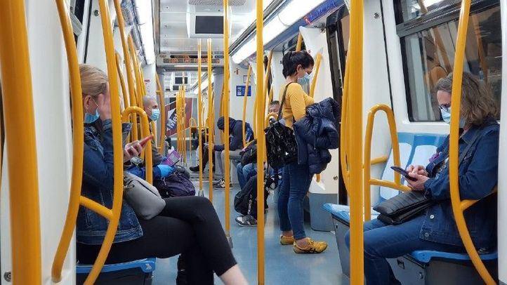 Metro estudia bloquear los tornos si hay exceso de aforo para las fases 2 y 3