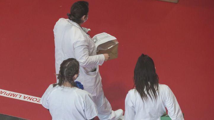 Un total de 12 médicos en activo han fallecido por coronavirus en Madrid