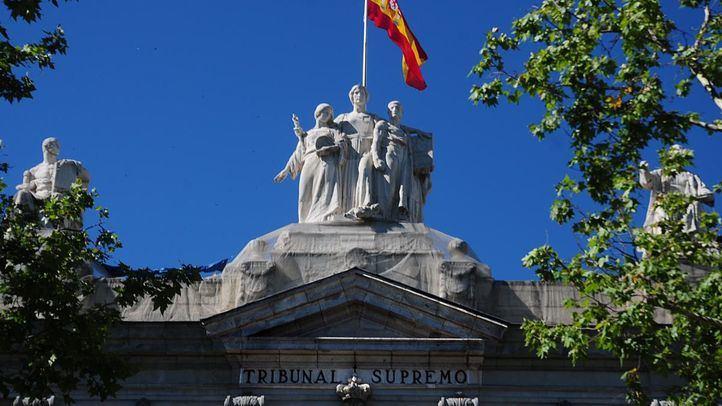Abogados de toda España presentan una querella contra el Gobierno en nombre de 3.000 familiares de fallecidos