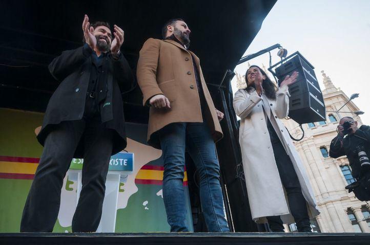 Los líderes de Vox Abascal, Monasterio y Espinosa de los Monteros.
