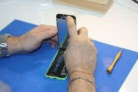Reparaciones en telefonía: ventajas de un servicio cada vez más demandado