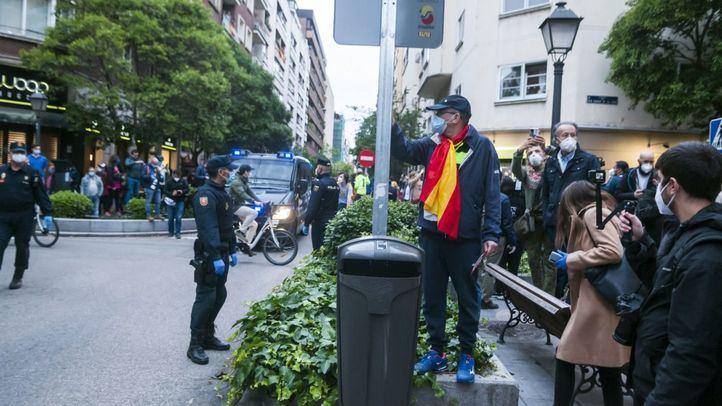 Nueva protesta contra Sánchez en Núñez de Balboa pese a más presencia policial