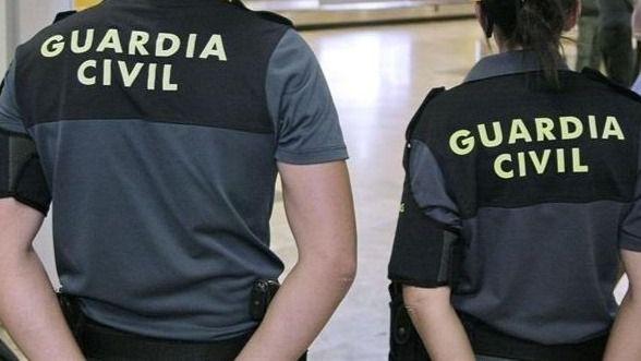 La Guardia Civil detiene a tres hombres, presuntos autores de 33 robos
